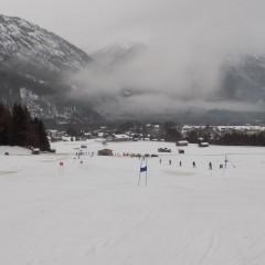 We gaan omhoog, omlaag, links en rechts…skiwedstrijd !