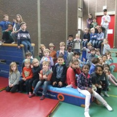 Integratie 3e kleuterklassen en 1e leerjaren : Samen sporten is leuk!