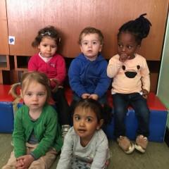 Goudlokje verwelkomt Sara, Aliano, Elizabeth, Stien en Risheni!