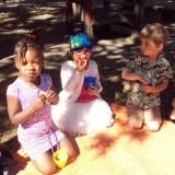 Joepie ! Het is zomer … gezellig samen picknicken !