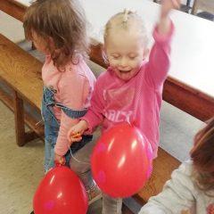 Spelen met ballonnen