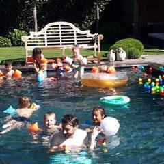 Zwemfeestje bij de juf!